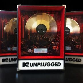 Platin Award für eine Fantastillion verkaufte Tonträger